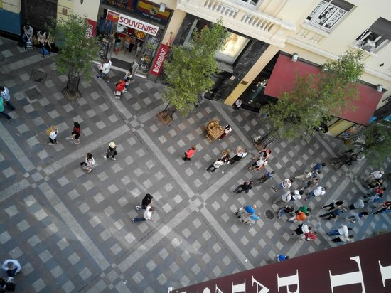 Petit Palace Puerta Del Sol : la calle