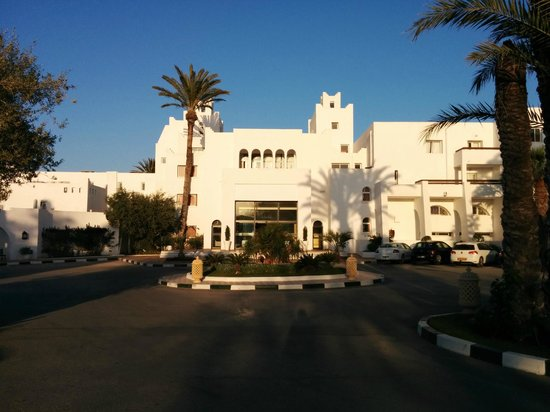 Marhaba Salem : Front of the hotel