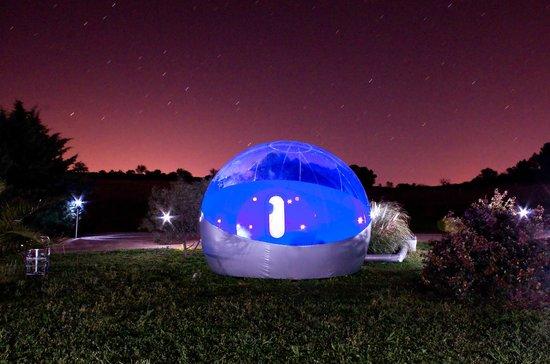 Nuit romantique picture of les chambres bulles du for Nuit romantique