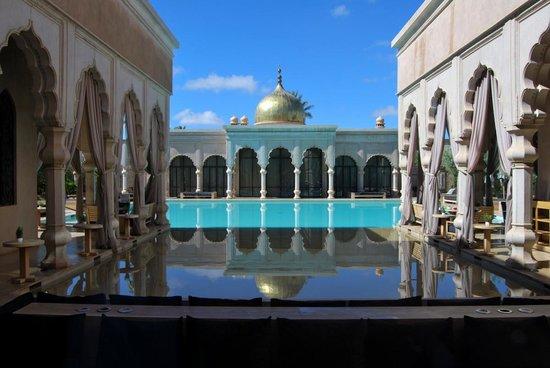 Palais Namaskar: piscine
