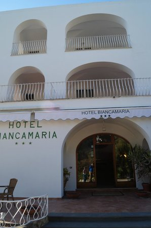 Hotel Biancamaria: The entrance in early spring 2014.