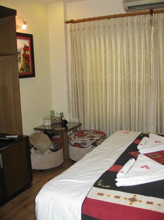 Splendid Star Grand Hotel: Superior Room, sitting area