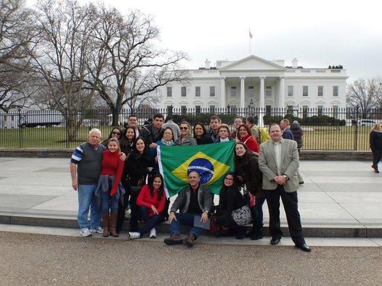 White House: Grupo de amigos