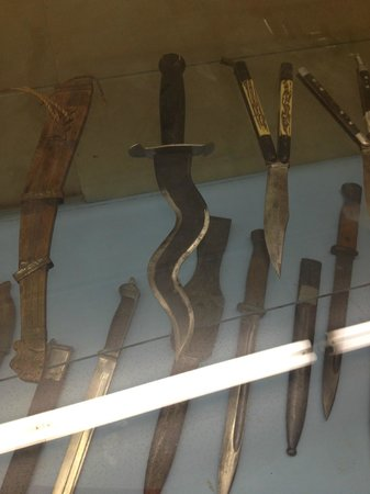Greater Southwest Historical Museum: cool knives