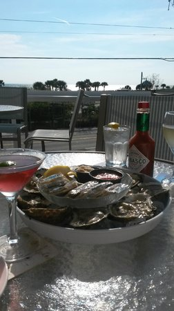 Gulf View Grill: Appetizer, view and great time.