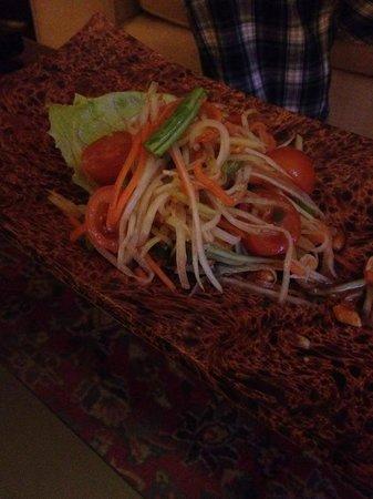 Thai Vibe: Papaya salad