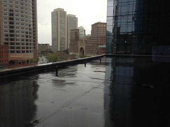 InterContinental Boston: Our view was good, but because of a low floor we looked at the roof.