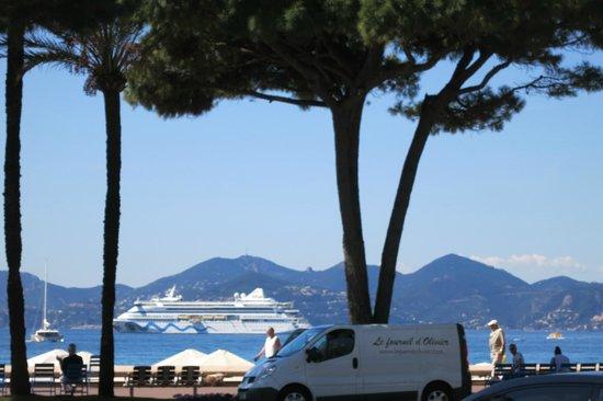 La Croisette: View at the sea