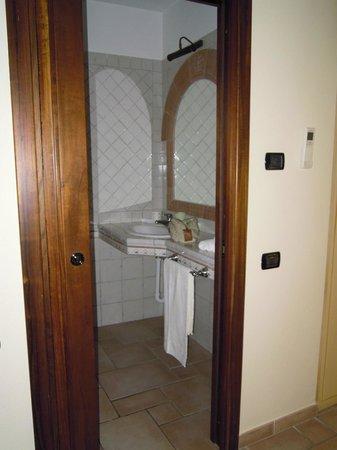 Hotel e Residence Villa Del Parco: bagno camera 2