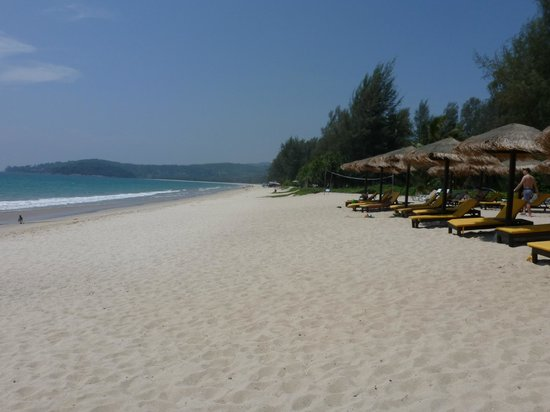 Movenpick Resort Bangtao Beach Phuket: Resorts own beach