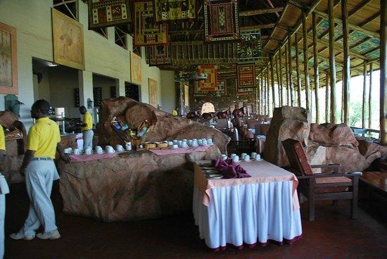 Kilaguni Serena Safari Lodge : Ресторан отеля
