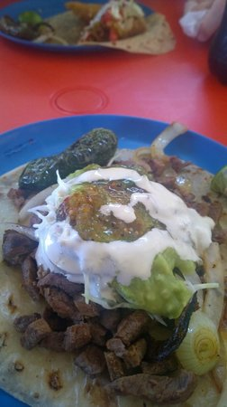 El Rey Del Taco: Beef & Cabeza Taco with all sorts of yummy toppings.