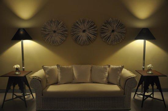 Taru Villas - Rock Villa : Relaxing lounge area
