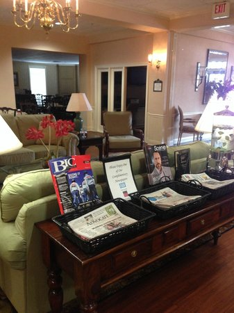 Richmond Inn & Suites-Baton Rouge College Drive: Lobby area