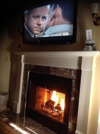 Best Western Plus Victorian Inn : love the fireplace