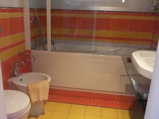 Orlando Innamorato B&B: バスルーム