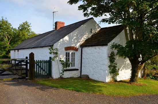 "Adare Irish Cottages: ""Stone Barn"""
