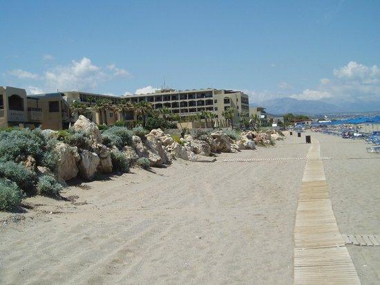 Aquila Rithymna Beach Hotel : on the beach