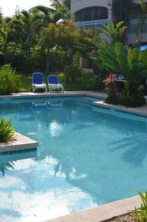 Inn at Grace Bay: pool view