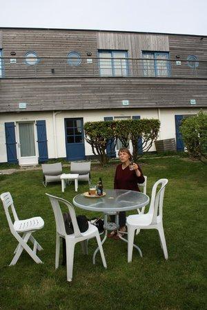Hotel Des Argousiers : côté terrasse