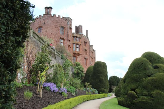 Powis Castle and Garden: garden view of the castle