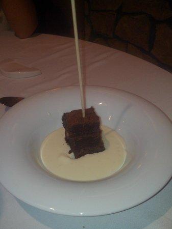 El Celler Dels Joglars: Brownie amb xocolata blanca