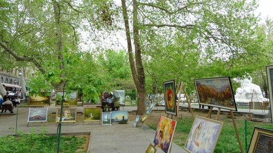 Vernissage Market : peintres