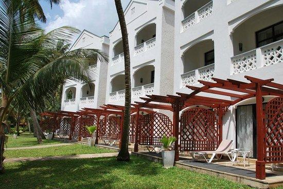 Sarova Whitesands Beach Resort & Spa: Корпуса отеля