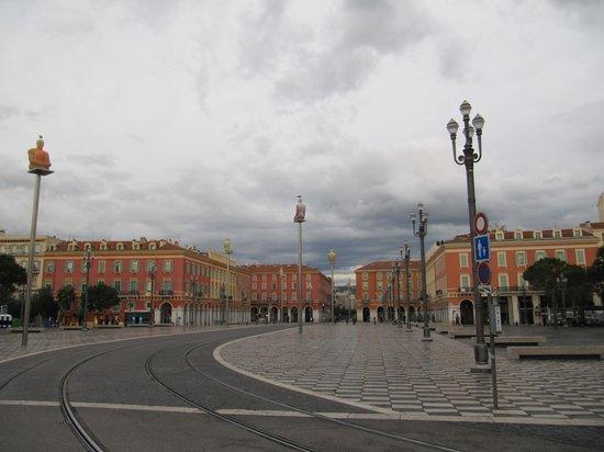 Place Massena: площадь