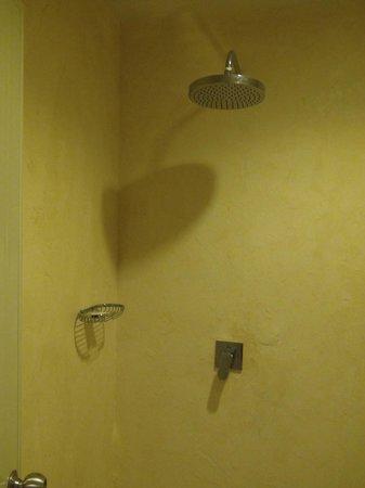 Casa Jip Guesthouse : Shower