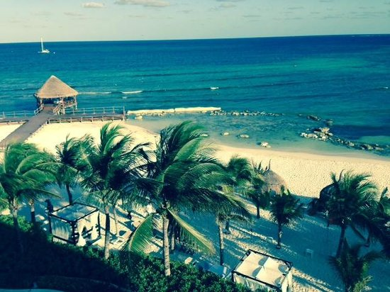 Secrets Silversands Riviera Cancun : View of the beautiful water and white sands