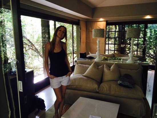 andBeyond Phinda Forest Lodge: Our forest flat with glass walls