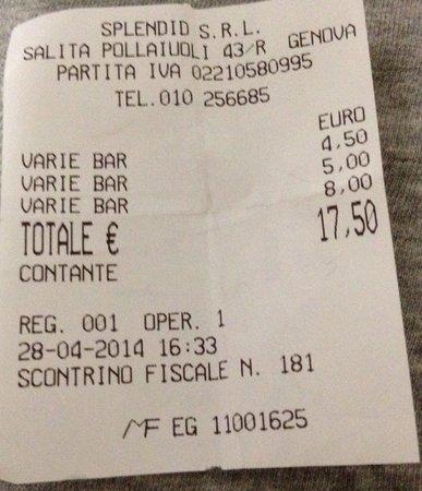 Caffe degli Specchi: Suite à mon commentaire précédent 17,50 euros pour 2 chocolats chauds une part de tarte aux pomm