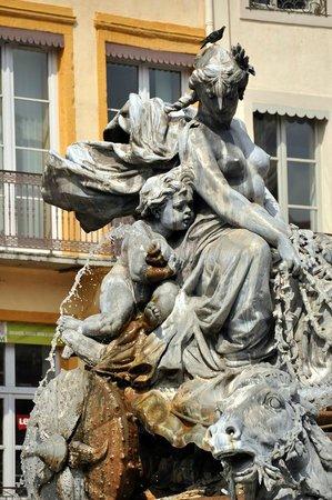 Place des Terreaux (fontaine)