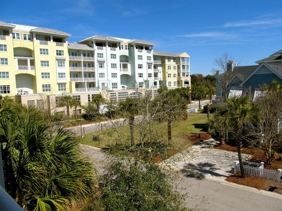 Great Place to Stay in Wild Dunes/Isle of Palms, Charleston, SC - Review of Summer House