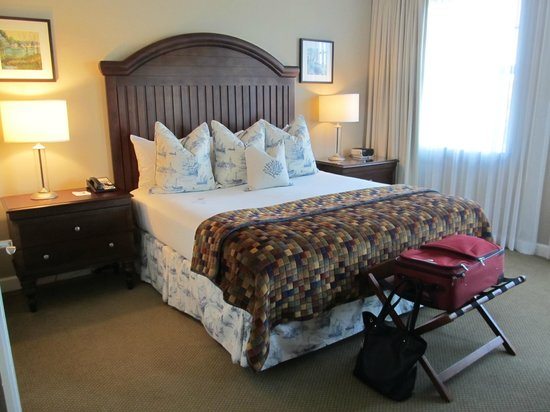 Wild Dunes Resort: Master bedroom (has balcony off the room)