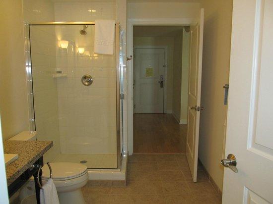 Wild Dunes Resort: View from second bathroom to foyer and front door