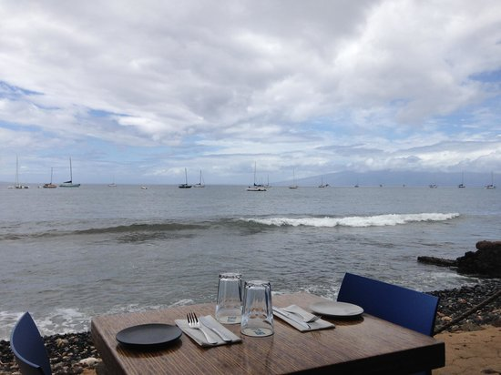 Honu Seafood and Pizza: Our View