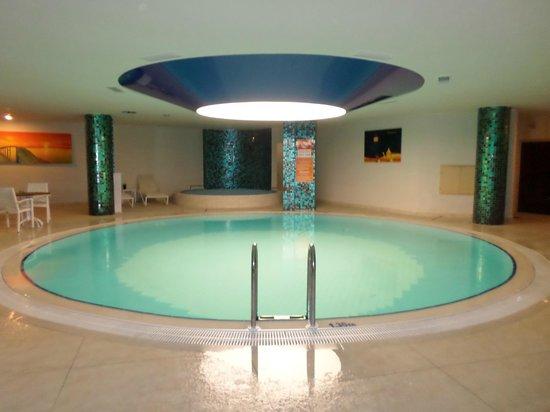 Golden Rock Beach Hotel: The Spa