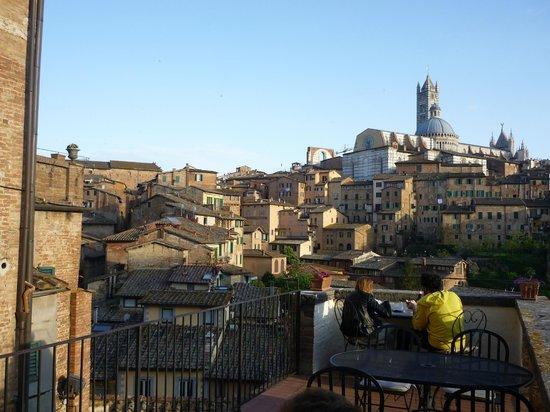 Albergo Bernini: Terrasse