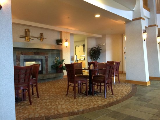 Best Western Plus Kennewick Inn: Lobby.