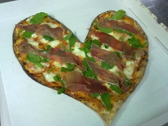 Napoli & Napoli : pizza a forma di cuore
