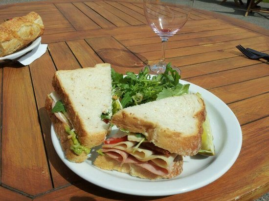 Waterbrook Winery: Club Sandwich