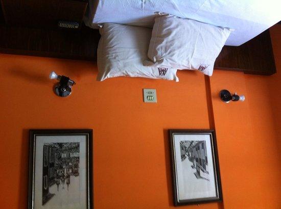 Mara Palace Hotel: Cama confortável.
