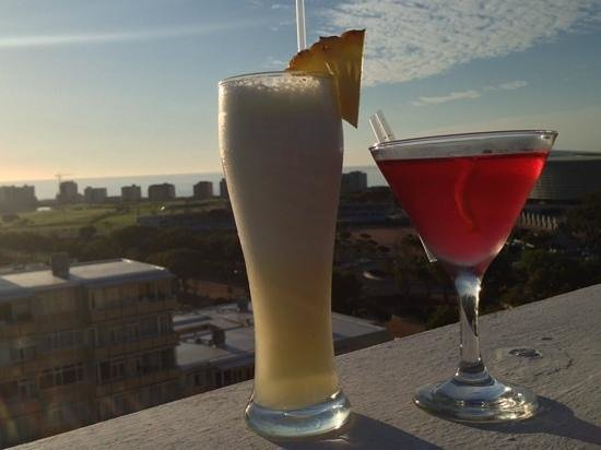 Cape Royale Luxury Hotel : Cocktails at VIP Sky Bar