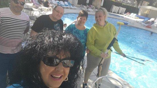 Apartamentos Levante Club: Disfrutando con la family y la animadora