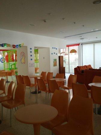Apartamentos Levante Club: Zona de relax