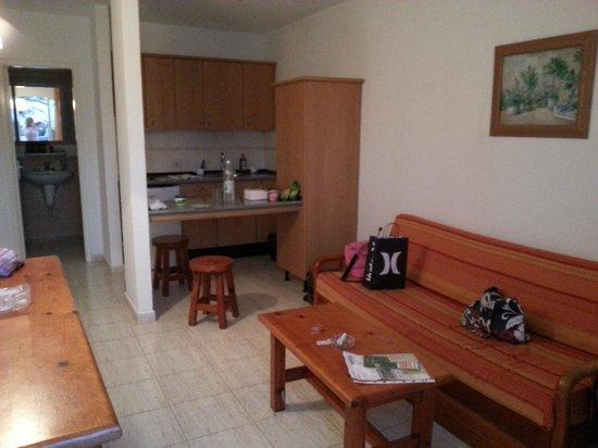 Alisios Playa: soggiorno con cucina