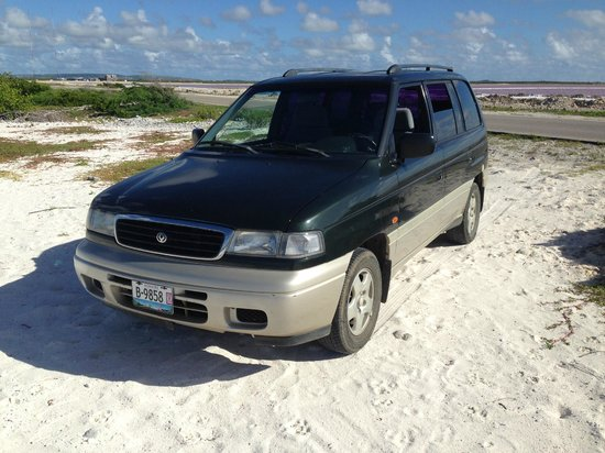 Voyager Bonaire Tours : Our car rental from Voyager. Great ride!