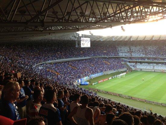 Estadio Governador Magalhaes Pinto: Jogo do Cruzeiro